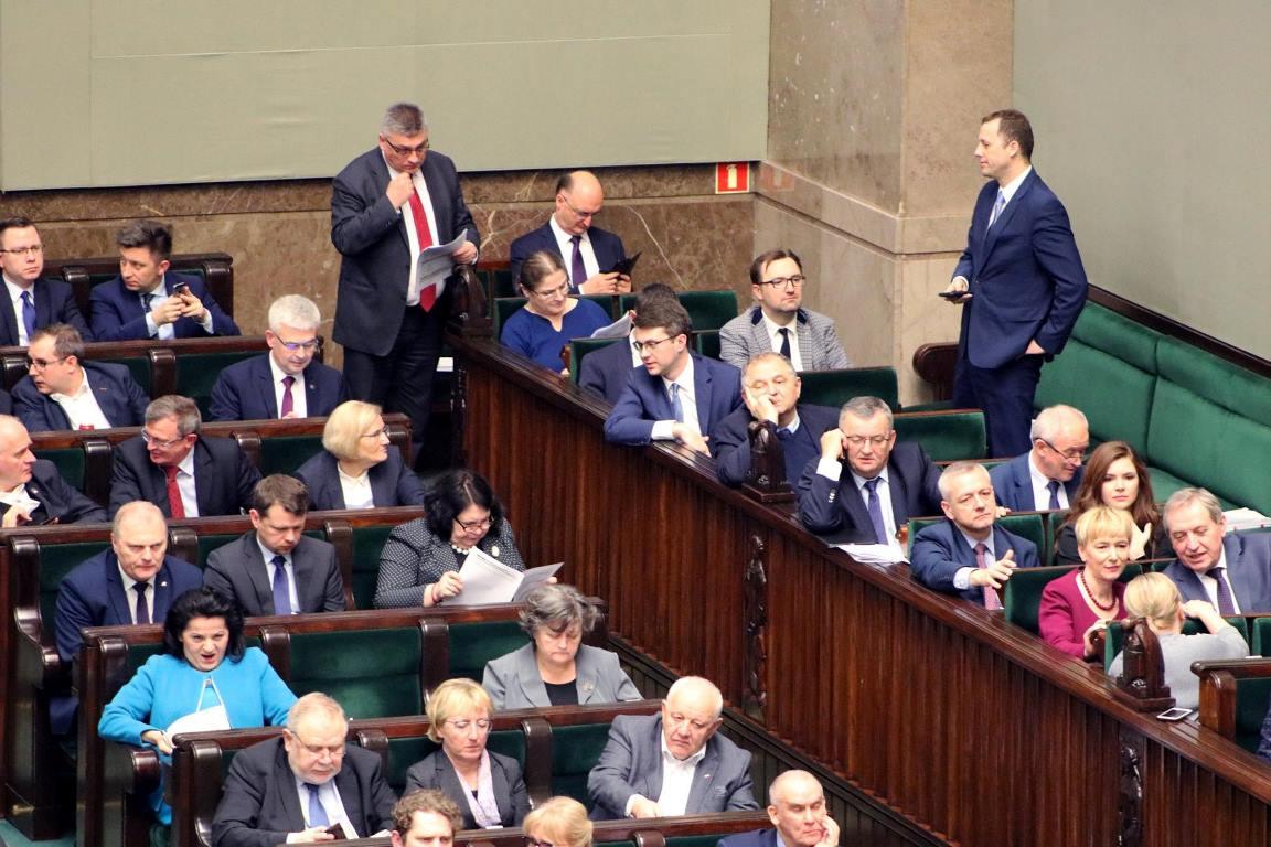 Zakończyło się 77. posiedzenie Sejmu RP, na którym przyjęto  poselski projekt ustawy powołujący Sieć badawczą: Łukasiewicz.