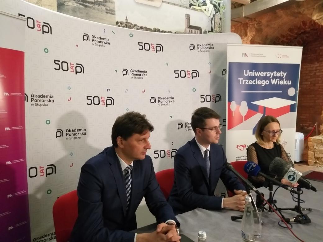 Akademia Pomorska w Słupsku otrzyma milion złotych, na zajęcia Uniwersytetów III Wieku