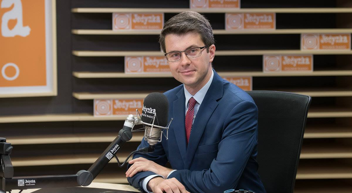 """Poseł Piotr Müller był gościem audycji """"Sygnały dnia"""" Programu 1 Polskiego Radia"""
