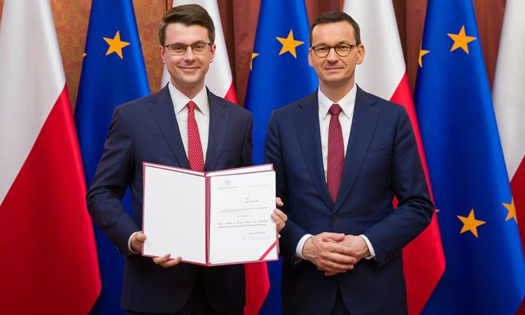 Premier Mateusz Morawiecki powołał Posła Piotra Müllera na rzecznika prasowego rządu oraz sekretarza stanu w Kancelarii Prezesa Rady Ministrów
