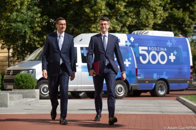 Busy informacyjne 500+ ruszają w Polskę