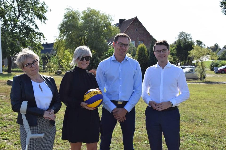 Szkoła w Gogolewie w gminie Dębnica Kaszubska będzie miała nową salę gimnastyczną