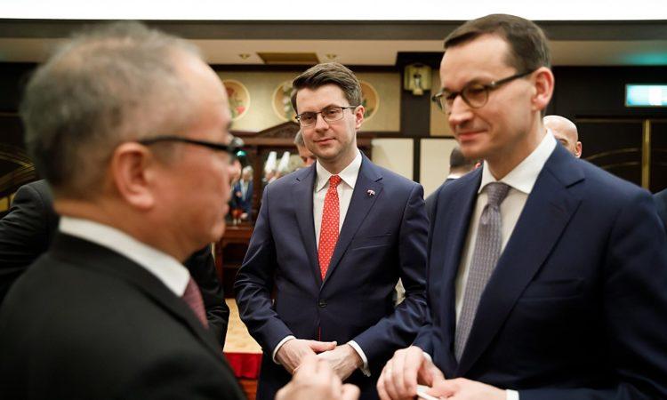 W dniach 20-21 stycznia 2020 roku rzecznik prasowy rządu Piotr Müller towarzyszył premierowi Mateuszowi Morawieckiemu podczas wizyty w Japonii.