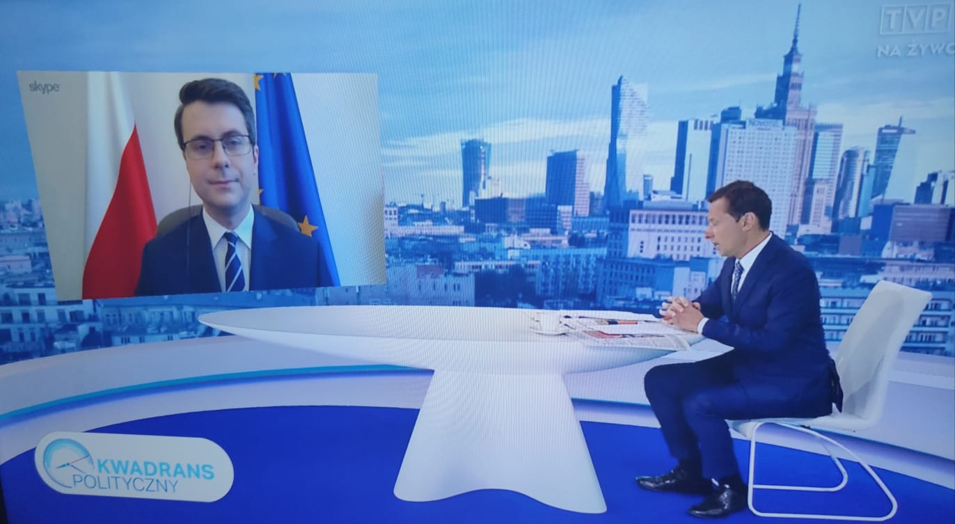Piotr Müller gościem programu Kwadrans polityczny w TVP1
