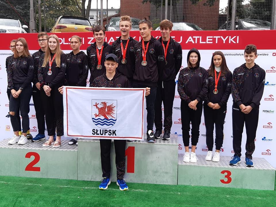 12 medali Mistrzostw Polski dla AML w Słupsku!