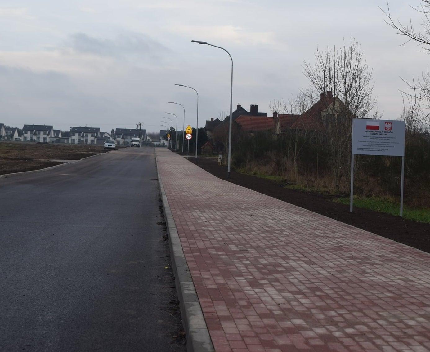 Zakończono inwestycje drogowe w miejscowości Siemianice