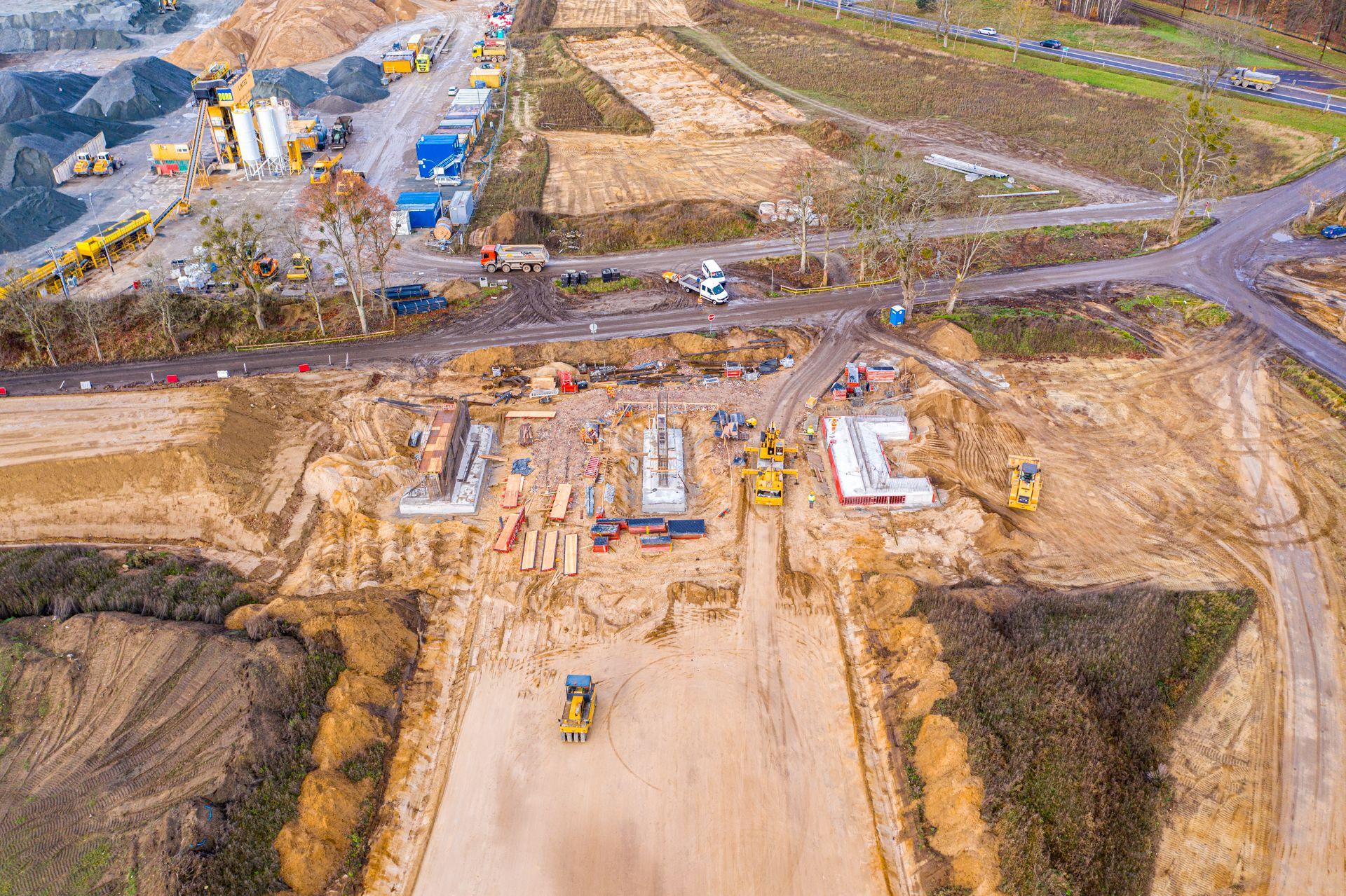 Widoczne efekty prac drogowców na budowie trasy S6