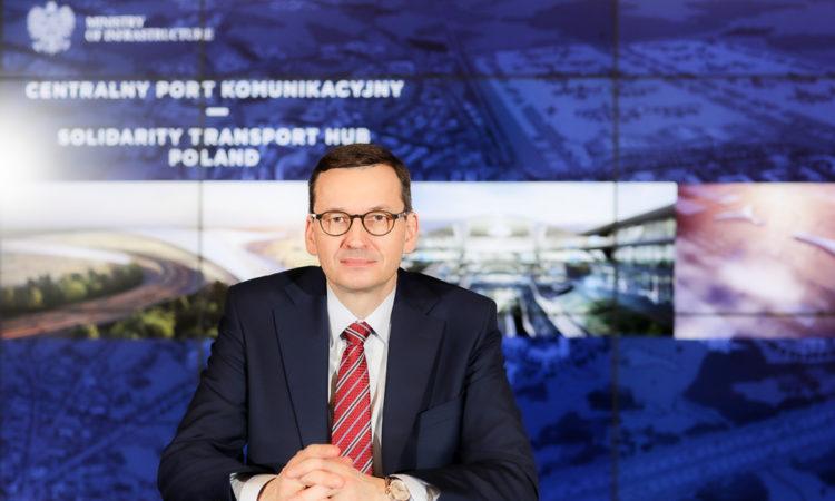 Każdy wielki projekt ma swoje kamienie milowe. Dziś taki moment przełomowy nastał dla Centralny Port Komunikacyjny Solidarity Transport Hub Poland. Podpisanie współpracy z koreańskim lotniskiem Incheon wprowadza budowę CPK w inny poziom realizacji i zyskuje wyjątkowego partnera strategicznego - mówił premier Mateusz Morawiecki.
