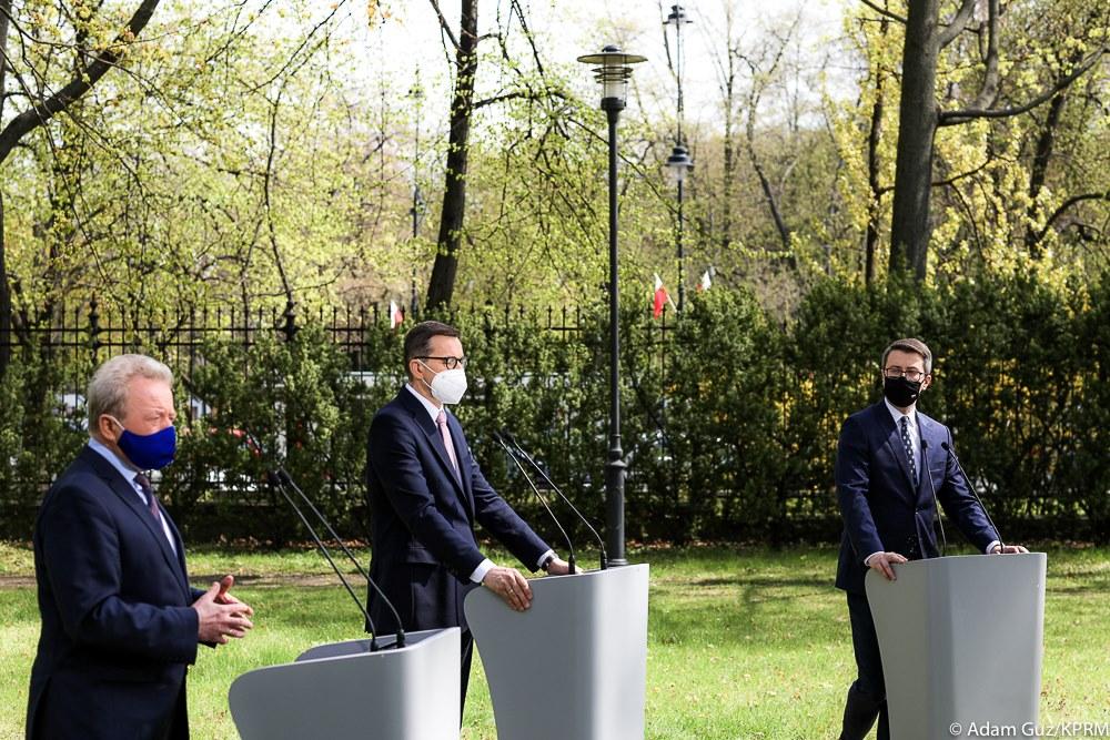 Spotkanie premiera Mateusz Morawiecki z komisarzem UE ds. rolnictwa i rozwoju wsi Januszem Wojciechowskim